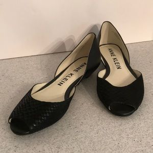 Anne Klein D'Orsay flats - black leather peep toes